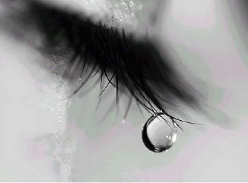 Giọt nước mắt của người con gái